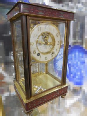 日本美術時計株式会社 四面ガラス置時計